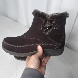 Khombu/ Gracie Brown Suede Ankle Boot/ Sz 8